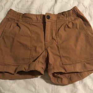 MOUNTAIN HARD WEAR hiking shorts